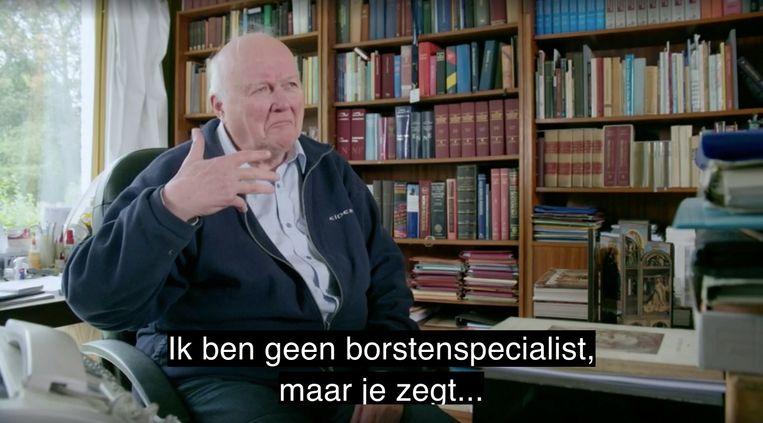 Theoloog Peter Schmidt in 'Geheimen van het Lam Gods' op Canvas. Beeld VRT