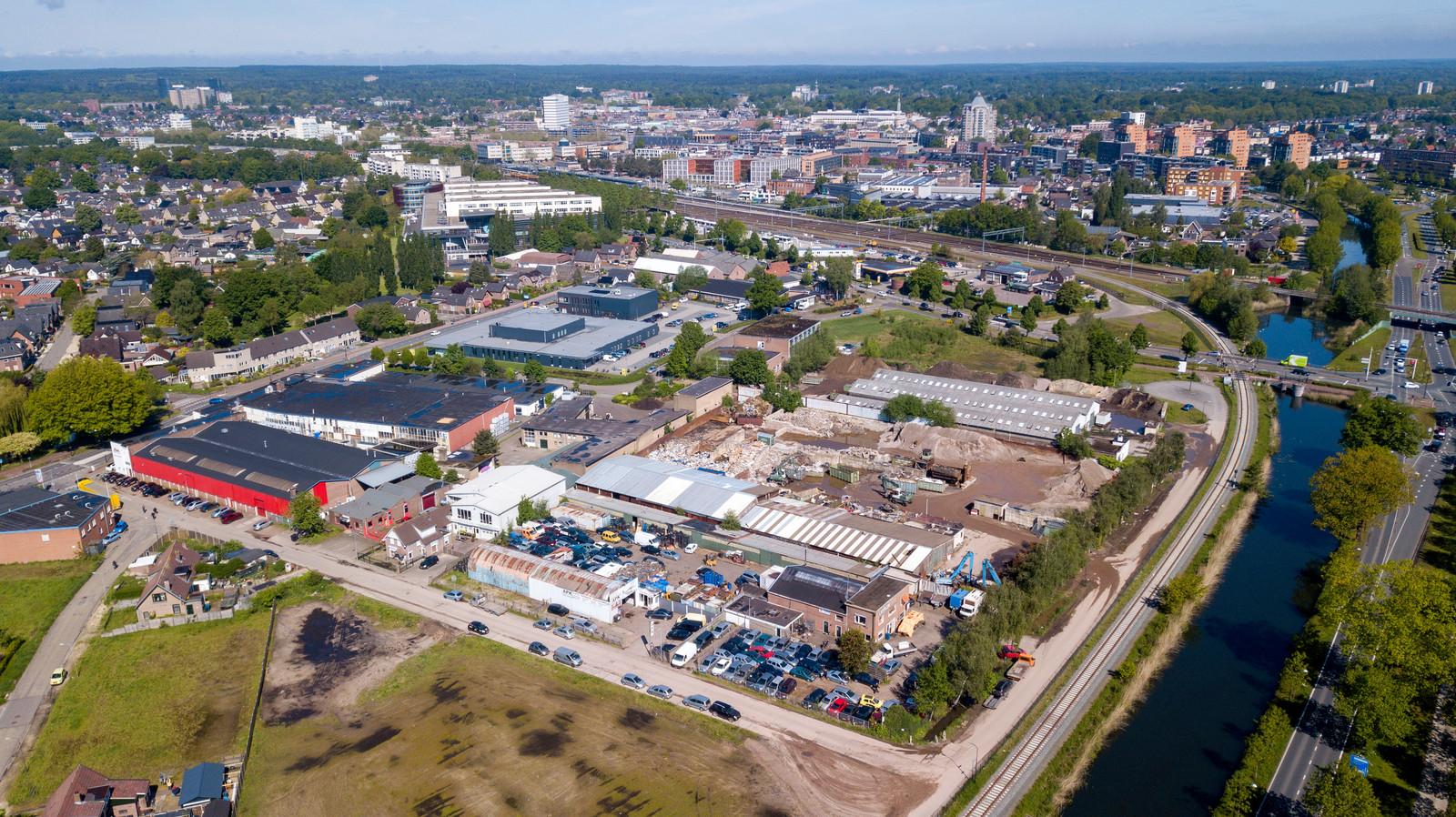 Onder meer dit gebied tussen Kayersdijk en kanaal (Kayersmolen Noord) wil de gemeente de komende jaren omvormen naar woonwijk.