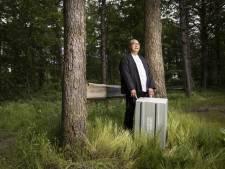 De kist van 'Motukker' Paul staat altijd reisklaar, om terug te kunnen