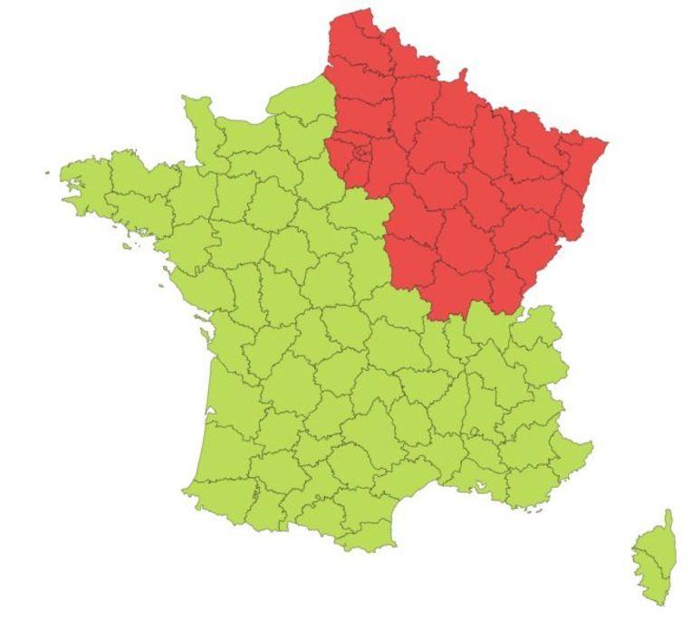 De rode en groene departementen die vanaf maandag gelden. Beeld rv