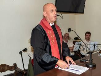 Nederlander Rob Koreneef officieel nieuwe dominee van protestantse gemeenschap