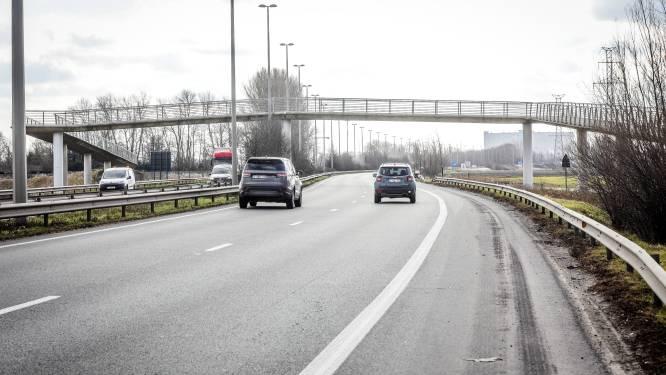 Minister bevestigt: maximale snelheid langs Expresweg in Brugge blijft 90 per uur