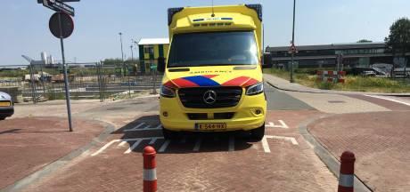Ambulances stuiten nog te vaak op paaltjes, slagbomen en hekken die niet open willen