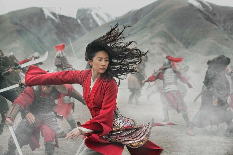 Yifei Liu in de titelrol van 'Mulan'. Beeld AP