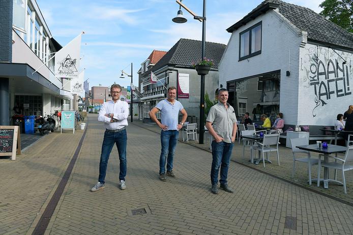 Bestuur Belangenvereniging Kerkbuurt-Oost: Wim van Middelkoop, Dik Bakker en Anne de Vries (van links naar rechts).