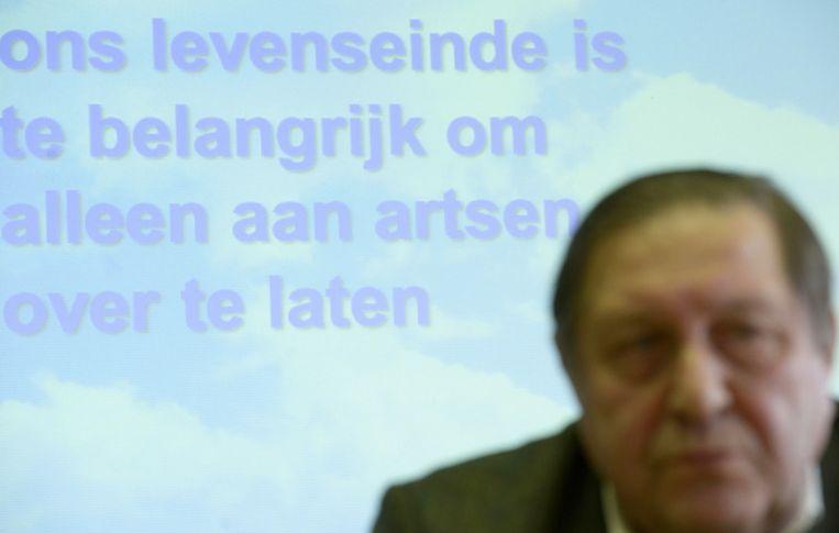 Etienne Vermeersch tijdens de uitreiking van zijn LEIF-kaart. Beeld PHOTO_NEWS