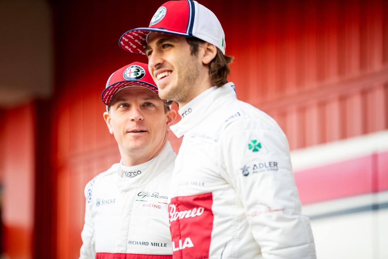 Kimi Räikkönen en Antonio Giovinazzi van Alfa Romeo Racing.