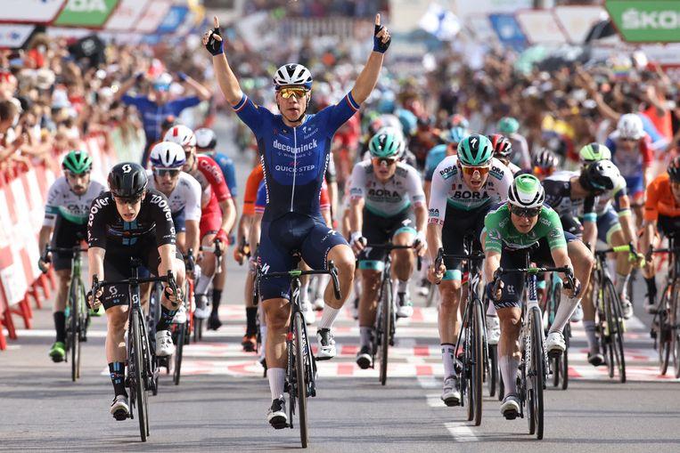Fabio Jakobsen na het winnen van zijn tweede etappe in de Ronde van Spanje. Beeld AFP