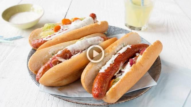 Some like it hot! Vurige hot dog met yoghurtsaus en honing