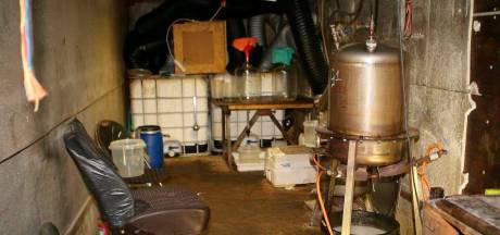 Zaltbommel graaft 4.000 ton met chemicaliën vervuilde grond af op plek drugslab