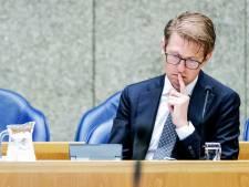 Minister Dekker reageert op 'emigratie' Van der Graaf: regels op de schop