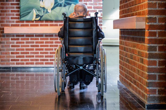 """""""Er moet echt meer aandacht komen voor alleenstaanden in deze crisis, in het bijzonder voor senioren"""", klinkt het bij sp.a."""