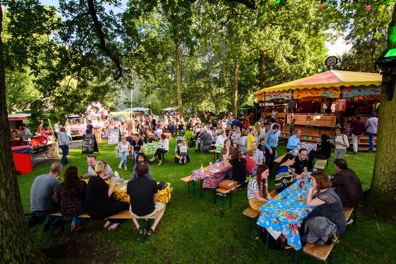 Vorig jaar was Lepeltje Lepeltje in het Chassé Park in Breda, dit weekend in het Wilhelminapark.