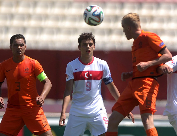 Enes Unal: opm de radar bij FC Twente