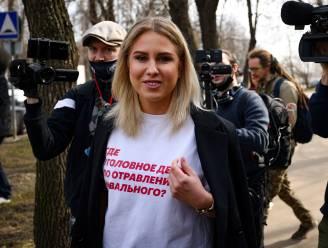 Russische autoriteiten willen naaste medewerker van Navalny aanhouden
