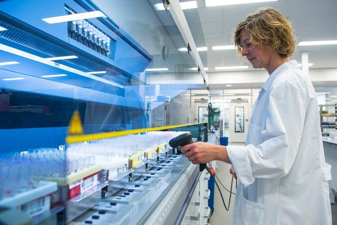 Het laboratorium van Gezondheids-dienst voor Dieren is vernieuwd.