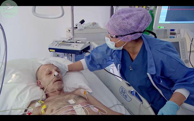 Olcay Gulsen wast een patiënt op de recovery-afdeling. Beeld SBS6