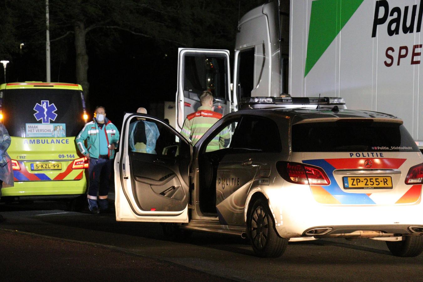 Overleden vrachtwagenchauffeur gevonden bij Breukelen.