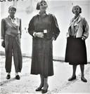 Vanaf links: Margje Blitterswijk, Hyke Koopmans en Maria van Kesteren in 1985.