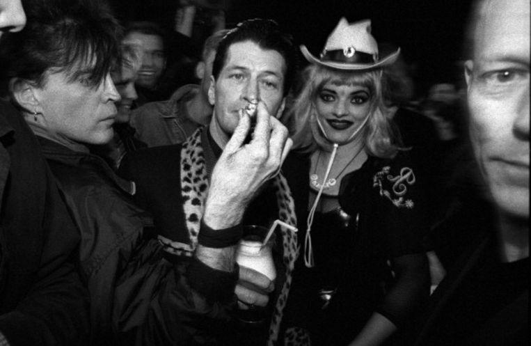 1996: Herman Brood viert zijn vijftigste verjaardag in Paradiso, met onder anderen Nina Hagen.  Beeld Redferns