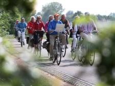 Bospaden op Veluwe slibben dicht met fietsers