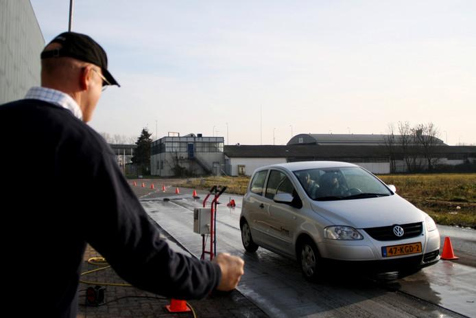 Tijdens the DriveXperience wordt de rijvaardigheid van jonge bestuurders getest.