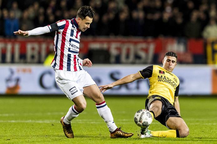 Thom Haye in actie tegen Roda JC in de kwartfinale van de KNVB beker.
