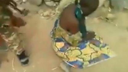 Opschudding na executievideo in Kameroen: twee moeders met kinderen in koelen bloede vermoord door regeringssoldaten