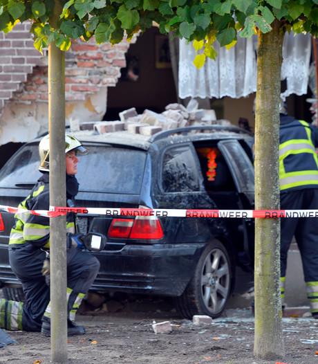 Dronken Let die huis in Luyksgestel ramde had 'minstens tien glazen te veel op'