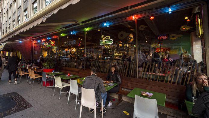 Bazar was in 1997 een pionier op de toen nog lang niet zo populaire Witte de Withstraat in Rotterdam.