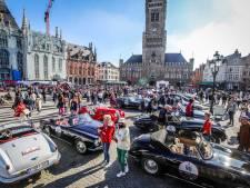 REPORTAGE. Marc Coucke in een Maserati, Gert Verhulst in een Bentley... Massa volk geniet van exclusieve wagens op Brugse Markt