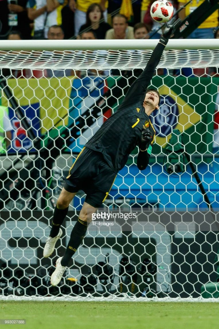 Misschien wel de strafste redding van het hele toernooi: in de slotfase tegen Brazilië, op een trap van Neymar. Beeld RV