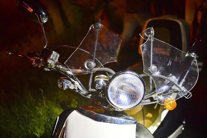 Botsing fietsster en scooter in Valkenswaard