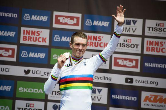 Rohan Dennis is de wereldkampioen tijdrijden.