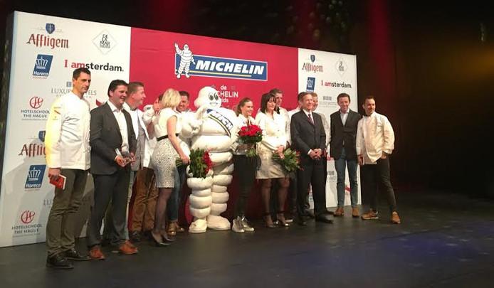 Bekendmaking van de Michelinsterren 2016. Uiterst rechts Adrian Zarzo Habraken.