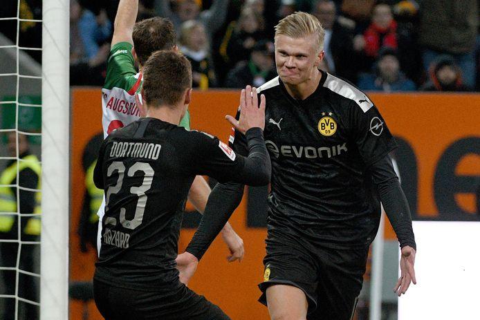 Monté au jeu à la 57e minute de la rencontre entre Augsburg et le Borussia, Erling Haaland n'aura eu besoin que de vingt minutes pour inscrire son premier triplé en Bundesliga.