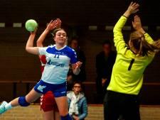 Sallands handbal: Bouman neemt Nieuw Heeten bij de hand in derby, Amsterdamse bluf is Wijhe te machtig
