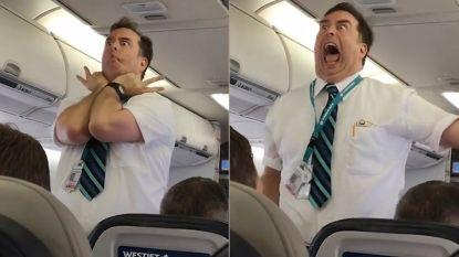 Deze steward wil iedereen op zijn volgende vlucht