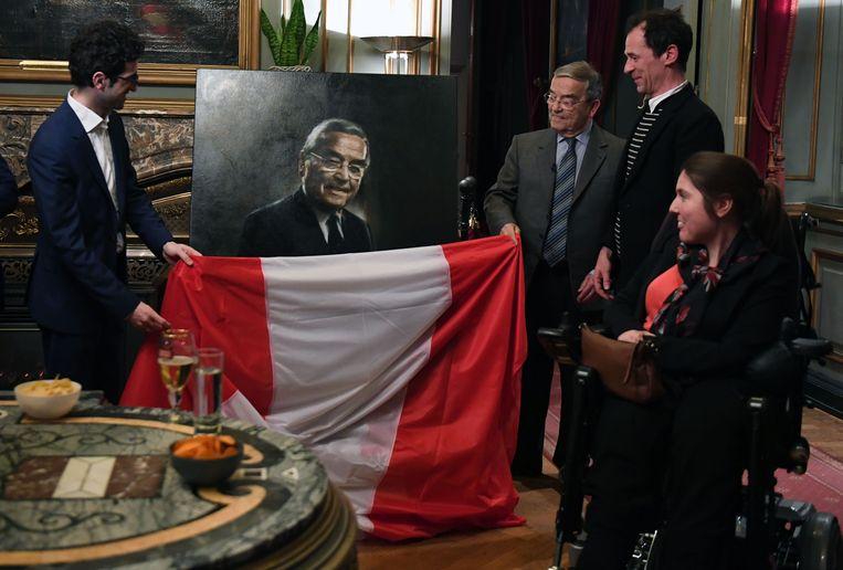 Ook opvolger Mohamed Ridouani (sp.a) en Dorien Meulenijzer, voorzitter van de Leuvense gemeenteraad, waren aanwezig bij de onthulling van het schilderij.