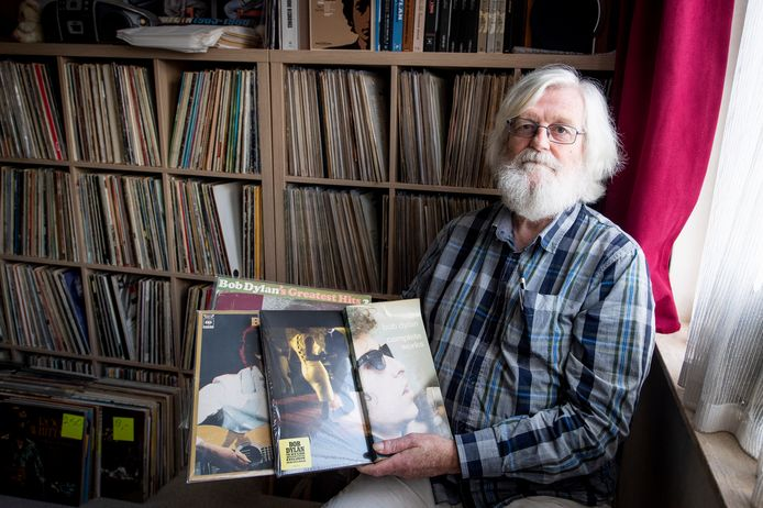 """Simon Blokker: """"Je wordt voortdurend op een dwaalspoor gezet door de teksten van Bob Dylan."""""""