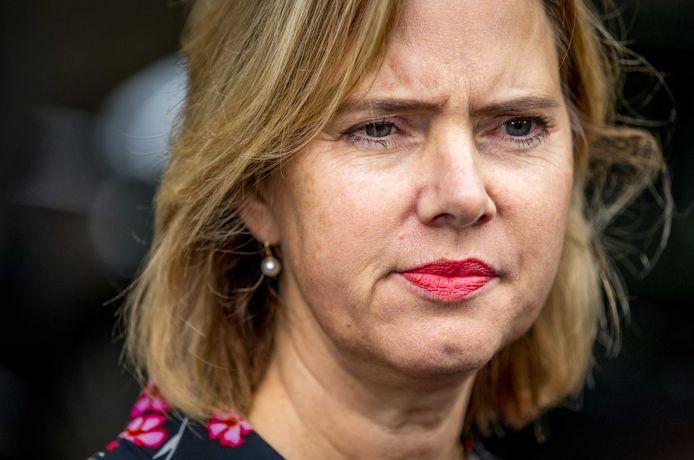 Cora van Nieuwenhuizen, minister van Infrastructuur en Waterstaat, trekt de teugels verder aan bij het falende CBR