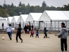 'Vluchtelingen Heumensoord krijgen bedorven vleeswaren'