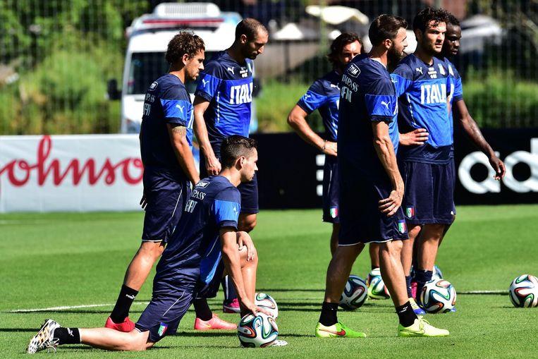 Italië gisteren tijdens een training in Mangaratiba. Beeld afp