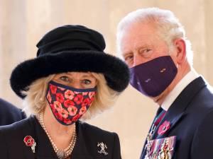 """Charles et Camilla sous le feu des critiques depuis la sortie de """"The Crown"""", ils prennent une décision radicale"""