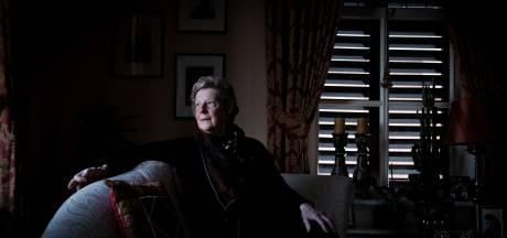 Marijke was de eerste Achterhoekse met corona: 'Toen er twee 'marsmannetjes' in mijn slaapkamer stonden begon de film'