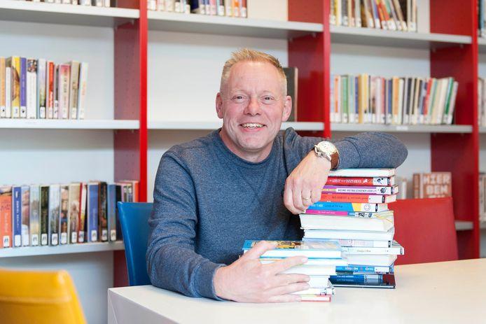 In de speelgoedwinkel van Erwin Kleine Koerkamp zit een bibliotheek en die is de hele crisis niet dicht geweest.