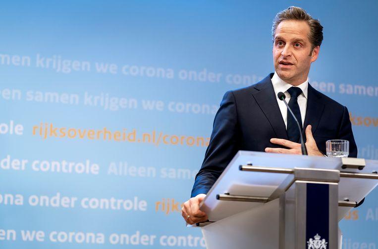 Minister Hugo de Jonge (Volksgezondheid, Welzijn en Sport) heeft het aantal bestelde vaccins verhoogd naar 69 miljoen doses. Beeld ANP