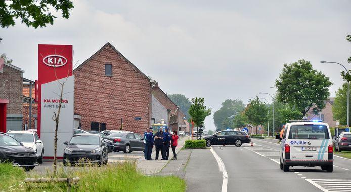 De inbraak speelde zich af in een woning langs de Menenstraat in Geluveld, vlak bij de Kia-concessie Delva.