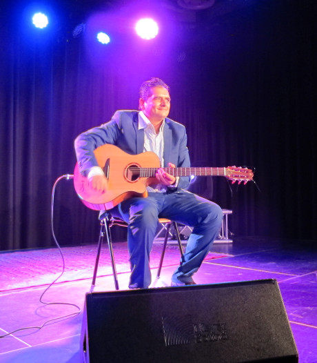 Exclusief optreden gitarist Jimmy Rosenberg uit Helmond in Bimhuis Amsterdam