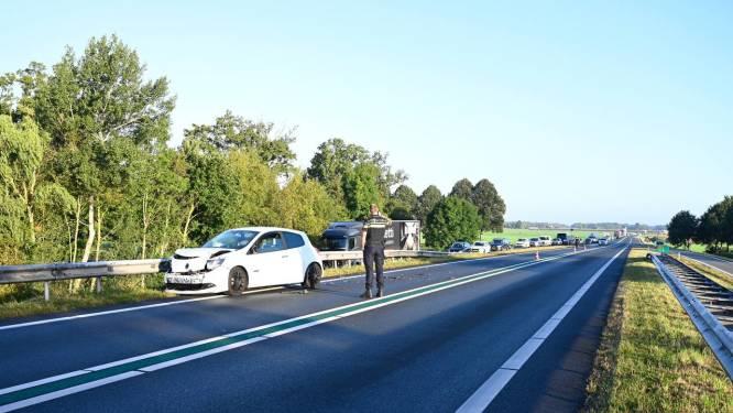 Kopstaartaanrijding op N36 bij Vriezenveen, weg weer vrij